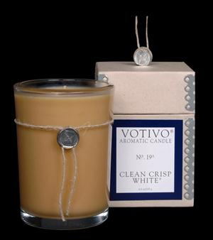 VOTIVO AROMATIC BOXED JAR CANDLE Clean Crisp White